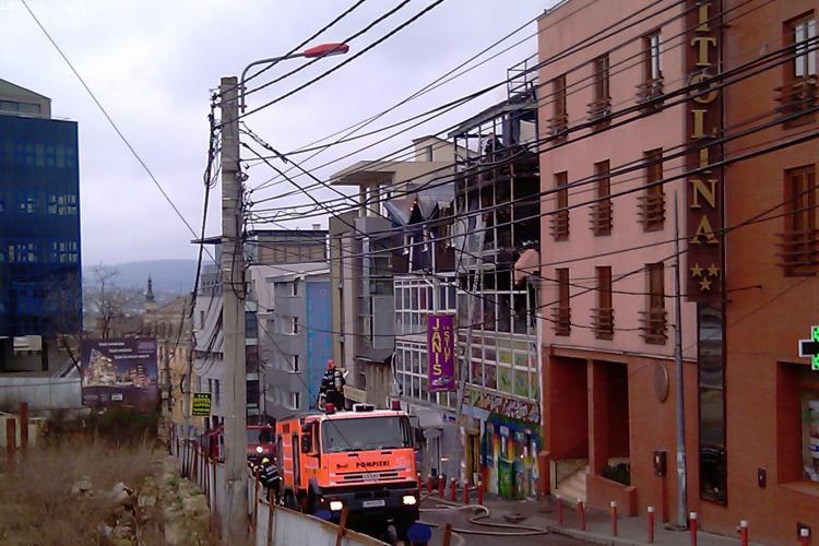 Teapa Janis Stuf? Patronii clubului refuza sa plateasca pagubele incendiului din 2010 - VEZI imagini noi cu incendiul VIDEO