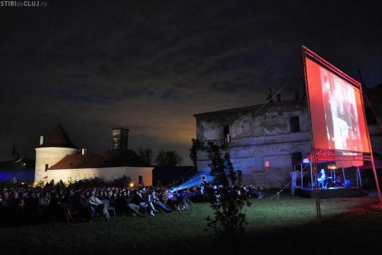 """TIFF Cluj 2011: Proiectie speciala """"Odessa in flacari"""" la Castelul Banffy de la Bontida"""