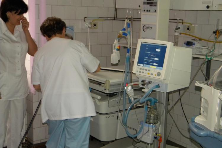 Clubul Rotary Cluj Napoca doneaza echipamente Spitalului de Copii Cluj