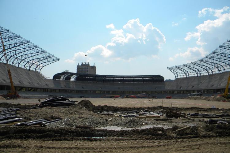 Gazonul de pe Cluj Arena este identic cu cel folosit la Campionatul Mondial din Africa de Sud