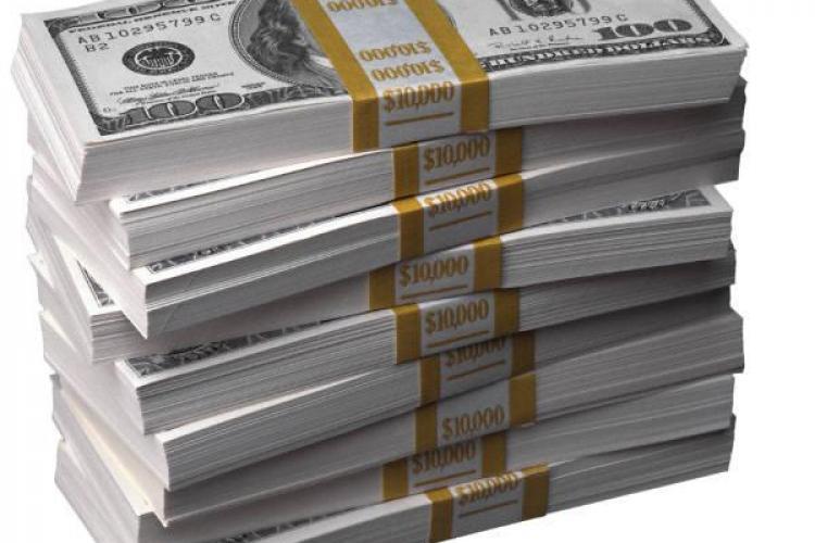 Economiile clujenilor la banci au crescut cu 300 de milioane de lei intr-un an