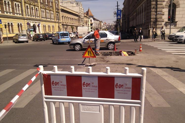 E ON Romania, reclamata in Germania pentru ca a spart 529 de strazi din Cluj-Napoca, numai in 2011 VEZI FOTO