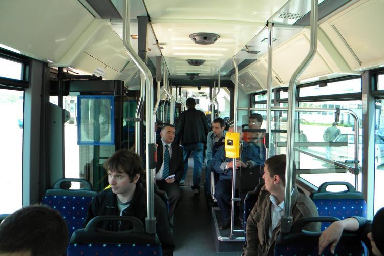 Primaria transforma 20 de autobuze in troleibuze si reduce poluarea din oras - VEZI VIDEO si FOTO
