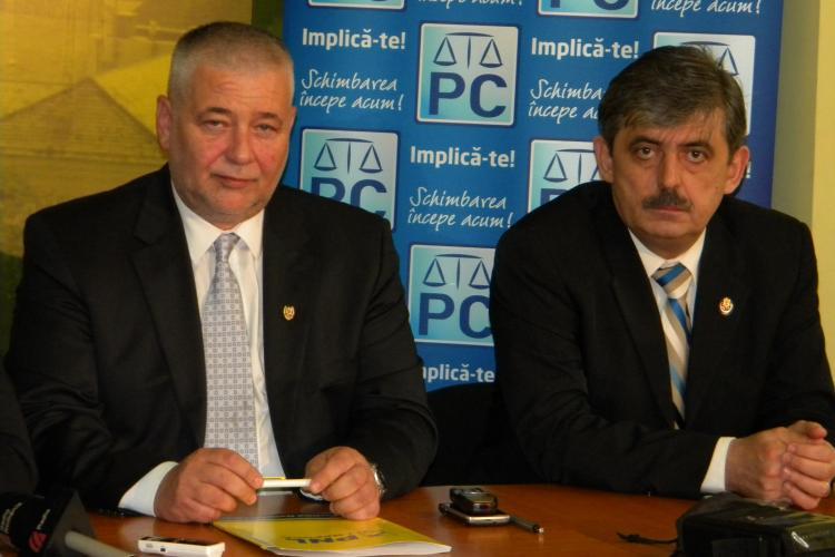 Horea Uioreanu si Marius Nicoara trimit felicitari politice de Paste cu sigla PNL! VEZI ce zice Nicoara