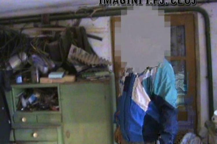 Patru kilograme de mercur, gasite in casa unui barbat din Turda! VIDEO - IMAGINI PERCHEZITIE