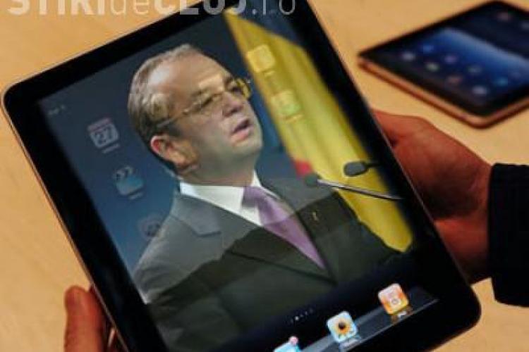 Premierul Emil Boc si-a facut publica adresa de e-mail! Vedeti care este adresa de yahoo a premierului pe care ii puteti scrie!