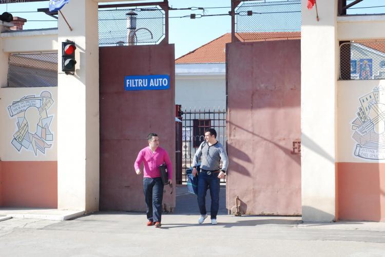 Cei doi suspecti arestati in dosarul jaf la Banca Transilvania au fost eliberati de la Penitenciarul Gherla- VIDEO