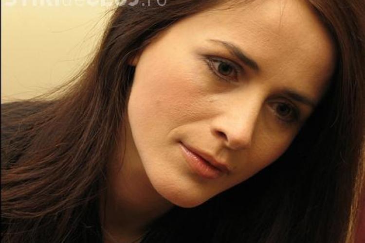 Noi dezvaluiri despre moartea Madalinei Manole!. La cateva ore dupa deces, telefonul ei a fost folosit