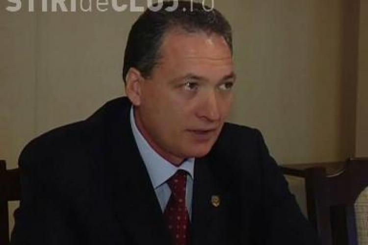 Senatorul Alexandru Cordos: Placuta lui Nicolae Iorga trebuie repusa pe statuia lui Matei Corvin