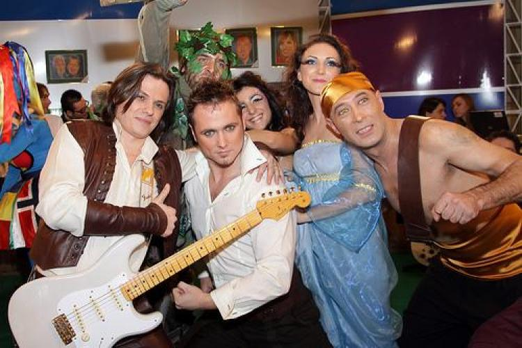 Hotel FM intra azi in lupta la Eurovision 2011! Ce mesaj le transmiti?