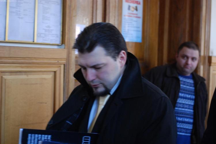 """Leontiuc, condamnat la zece ani de inchisoare dupa ce a inselat 120 de persoane cu apartamente intr-un bloc """"fantoma"""""""
