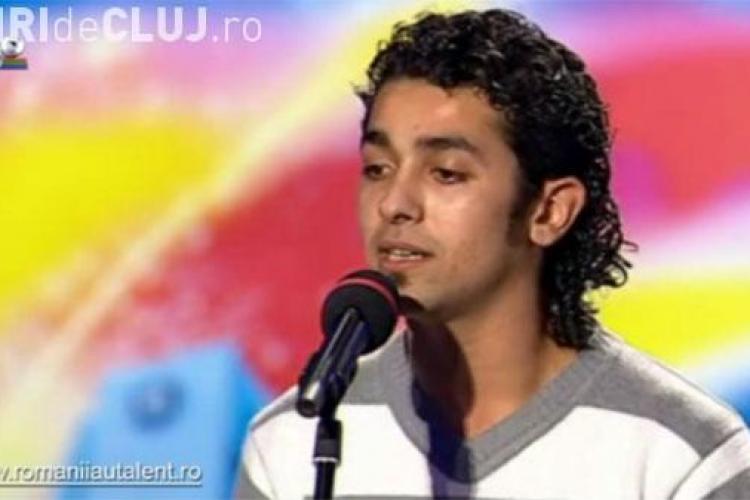 Valentin Dinu, locul 3 de la Romanii au talent, canta in deschiderea finalei CSU Ploiesti-U Mobitelco - VIDEO