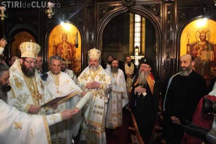 Masini de lux, la Intronizarea Arhiepiscopului Ortodox de Alba Iulia VEZI FOTO