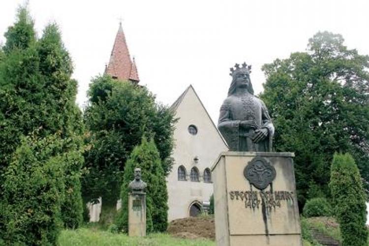 Feleacu: Drumul care duce la biserica lui Stefan cel Mare va fi asfaltat