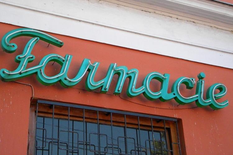 O farmacie din Turda, acuzata ca a tepuit bugetul cu 50.000 de euro