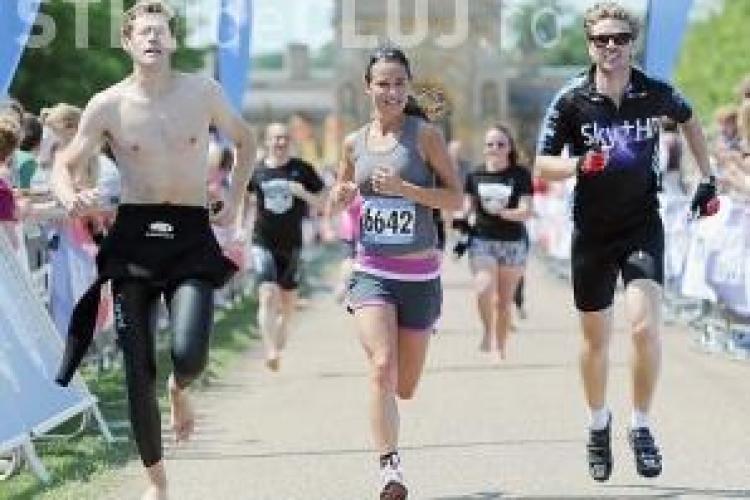 Pippa Middleton a alergat cinci kilometri la un maraton - FOTO