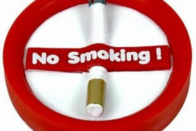 Flash Mob anti-fumat: O tigara imensa va fi rupta in Piata Mihai Viteazu din Cluj