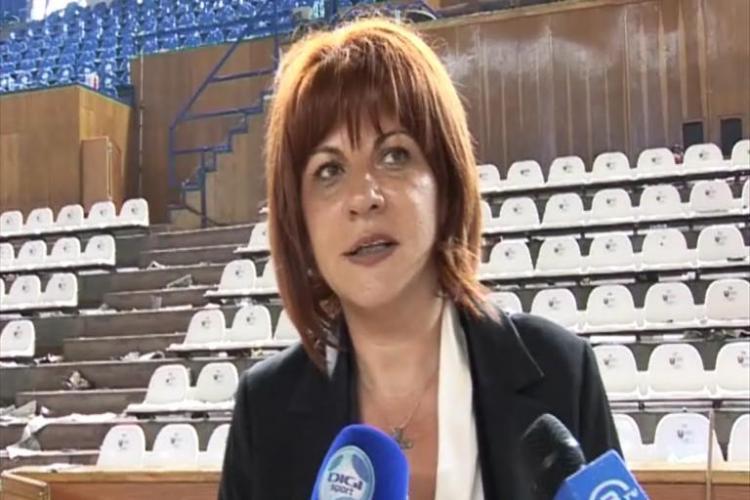Presedinta Federatiei Romane de Baschet, Carmen Tocala, crede ca publicul a condus U Mobitelco spre victorie - VIDEO