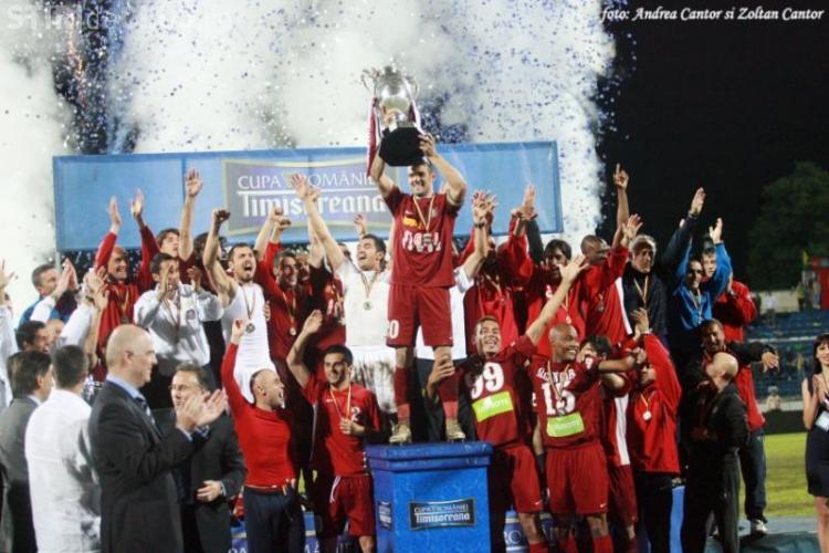 CFR Cluj a lansat turul virtual al cupelor castigate de echipa in ultimii ani