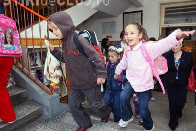 Vacantele de iarna si de primavara ale elevilor se lungesc cu cate o saptamana! Vezi structura anului scolar 2011-2012