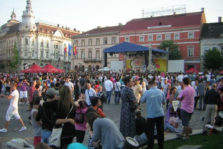 ZILELE CLUJULUI: Folk de colectie marti seara in Piata Unirii cu Andrei Paunescu, Magda Puskas si Mircea Vintila