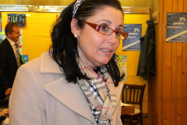 Steluta Cataniciu sustine ca nu i-a adresat injurii avocatei Loredana Curucudel