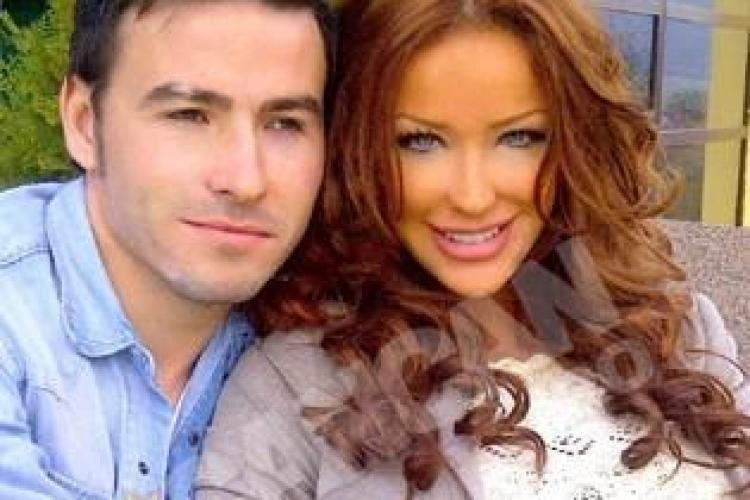 Bianca Dragusanu s-a impacat cu mijlocasul Universitatii Cluj, Adrian Cristea