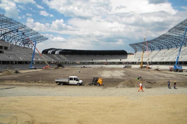 """Stadionul """"Cluj Arena"""" risca sa fie inaugurat cu noroaie in jur! Vezi de ce"""