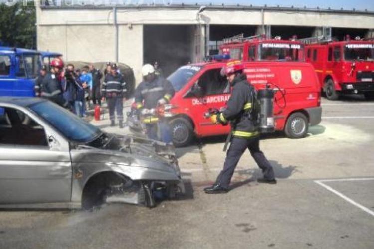 Pompierii se intrec la Gherla intr-un concurs de indemanare