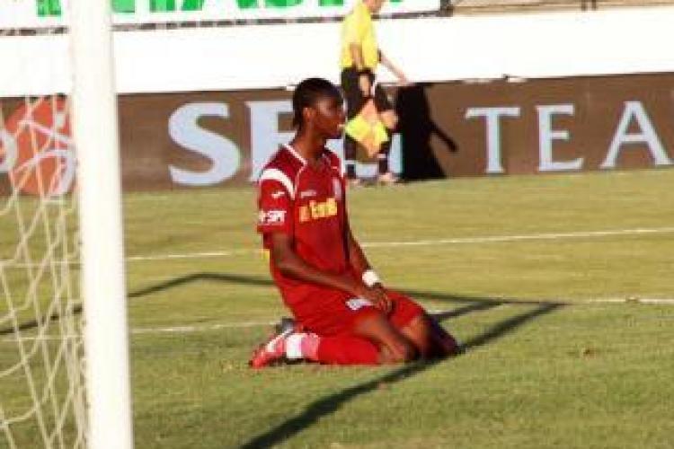Fostul jucator de la CFR Cluj, Lacina Traore, a ratat un penalty - VIDEO