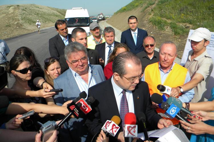 "Emil Boc, in vizita la centura Bulevardul Muncii - Apahida: ""Nu am vazut-o gata nici ca primar, nici ca premier"" VIDEO"