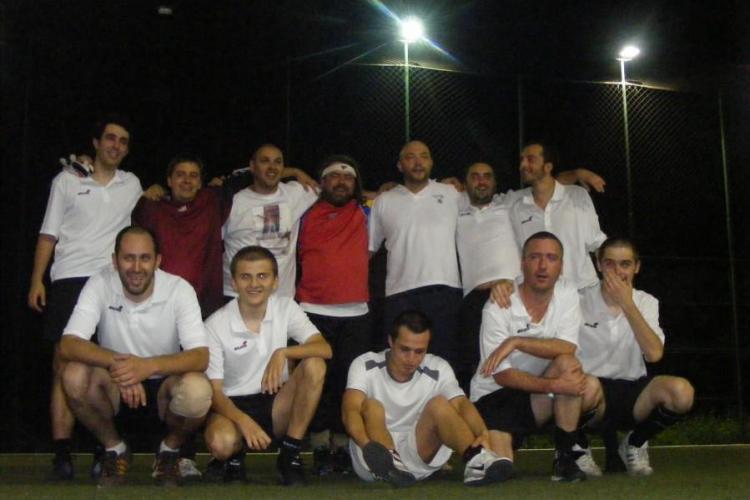 Echipa bloggerilor a castigat Cupa Presei la fotbal VEZI FOTO