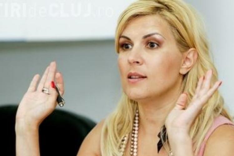 Vezi cu ce nota a promovat Elena Udrea examenul de Bacalaureat!