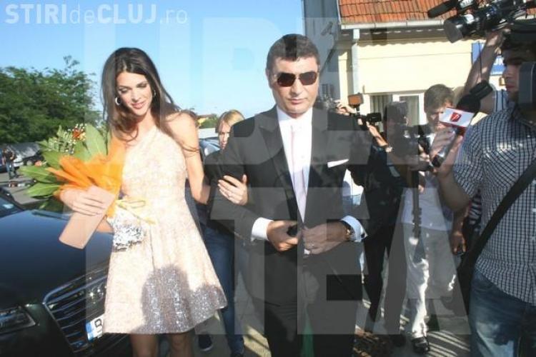 Cristi Borcea s-a cununat cu Alina Vidican. Gigi Becali a fost nasul VEZI FOTO
