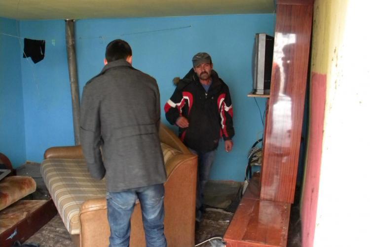 Amnesty International ia apararea celor 400 de rromi care locuiesc ilegal pe strada Cantonului