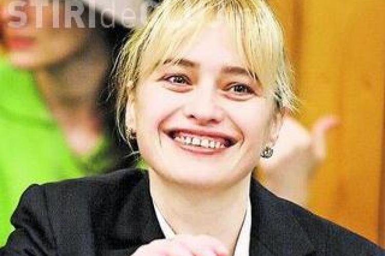 """Consilierul local Nicoleta Postolache a mutat """"strategic"""" doua milioane de lei, pentru a scapa de firmele """"tepuite"""""""