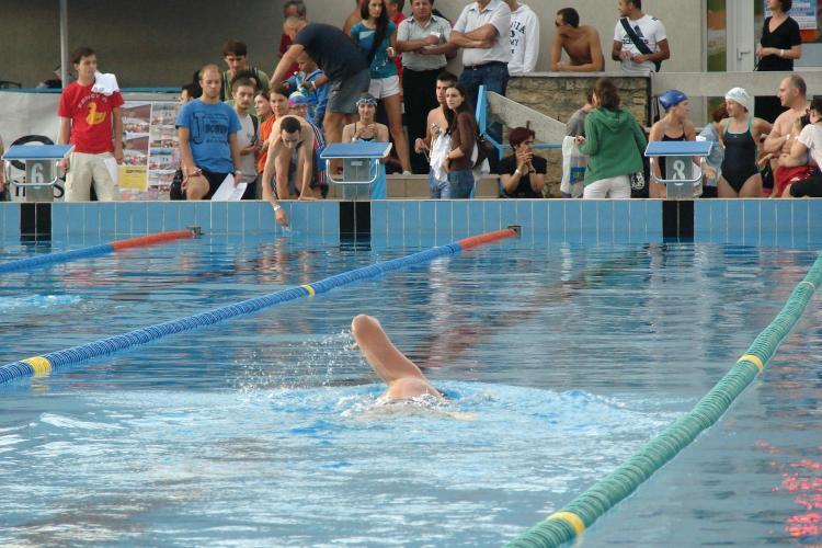 Swimathon Cluj 2011: 100 de inotatori s-au inscris in concurs
