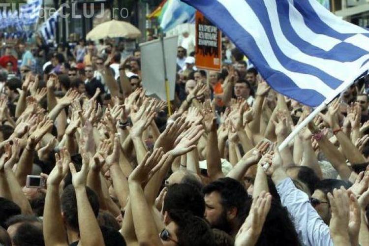 LIVE! Proteste violente la Atena. Tara este in greva pentru 48 de ore