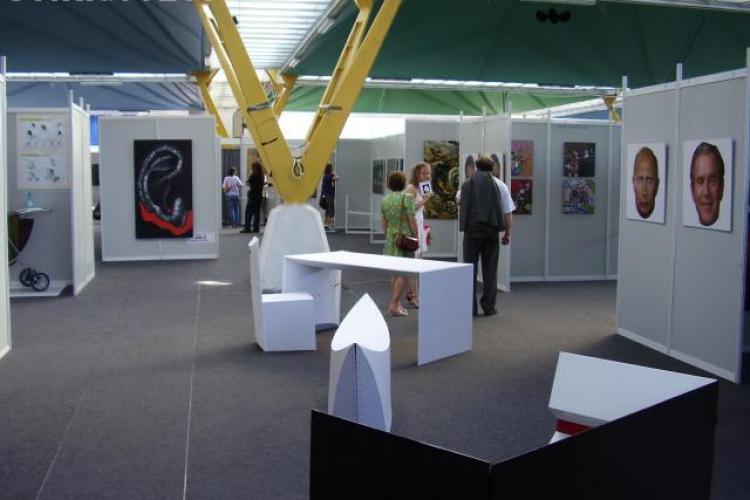 ADMITERE UAD 2011: Universitatea de Arte si Design scoate la concurs peste 300 de locuri