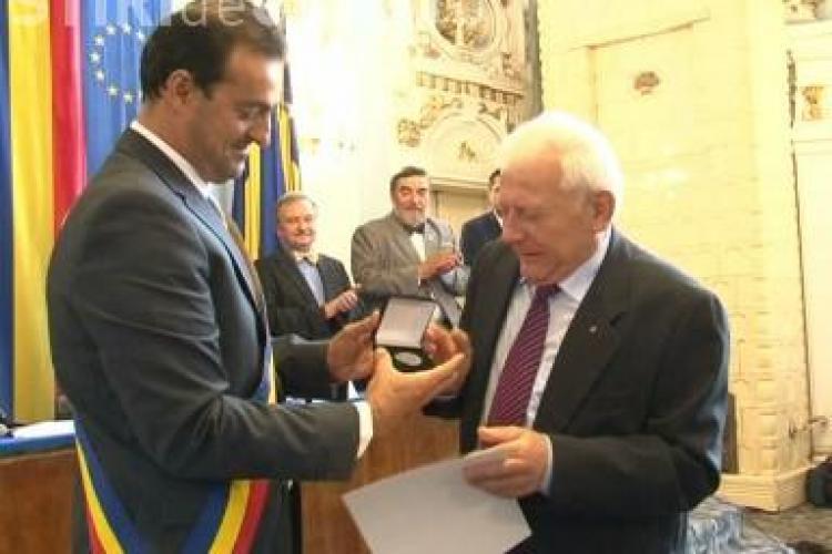 Patru rectori din Cluj au primit titlurile de cetateni de onoare! Marga a refuzat distinctia VIDEO
