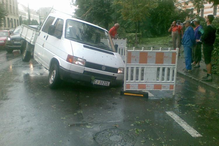 Cluj: Care sunt zonele cele mai afectate de furtuna de miercuri FOTO