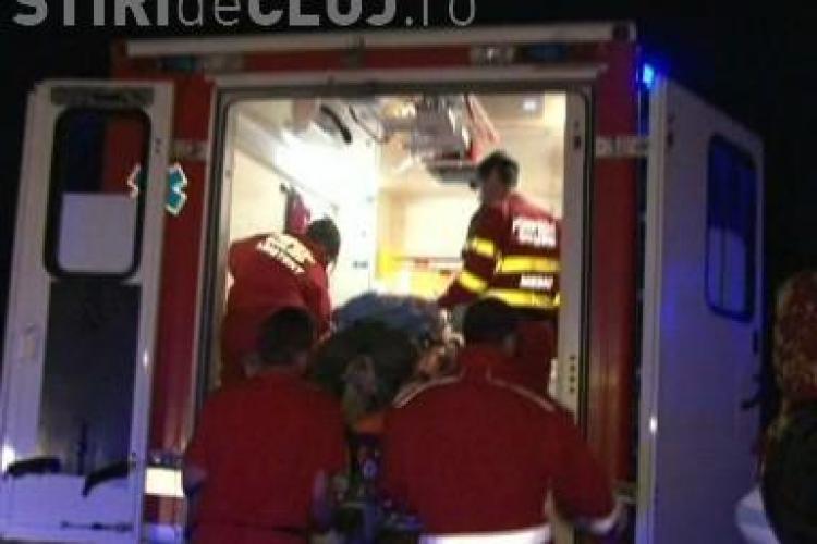 Accident la iesire din Dej spre Bistrita Nasaud. Un sofer beat a intrat intr-un stalp VIDEO