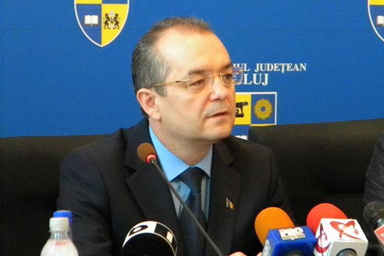 """Emil Boc despre BAC -ul 2011: S-au cernut valorile. """"Ai carte, ai parte!"""" VIDEO"""