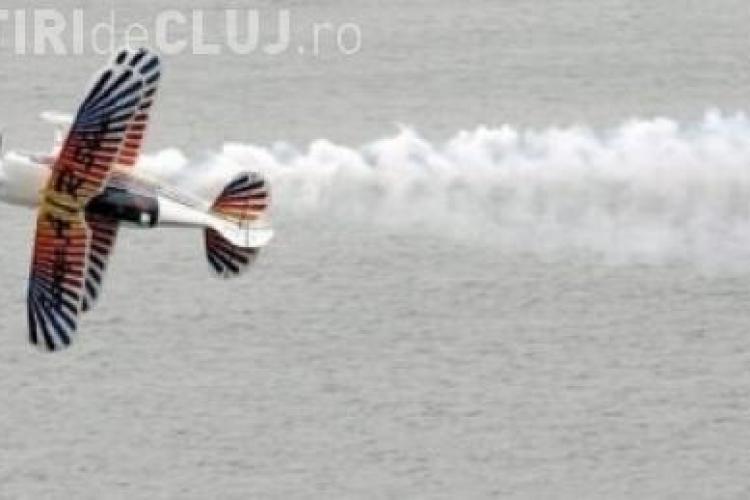Un avion s-a prabusit in lacul Siutghiol din Mamaia