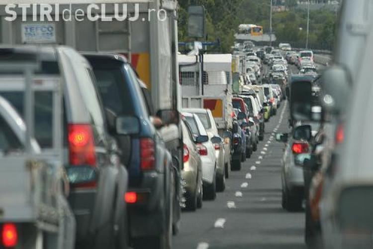 Circulatia pe Splaiul Independentei se inchide total de luni. Vezi pe unde a fost deviat traficul!