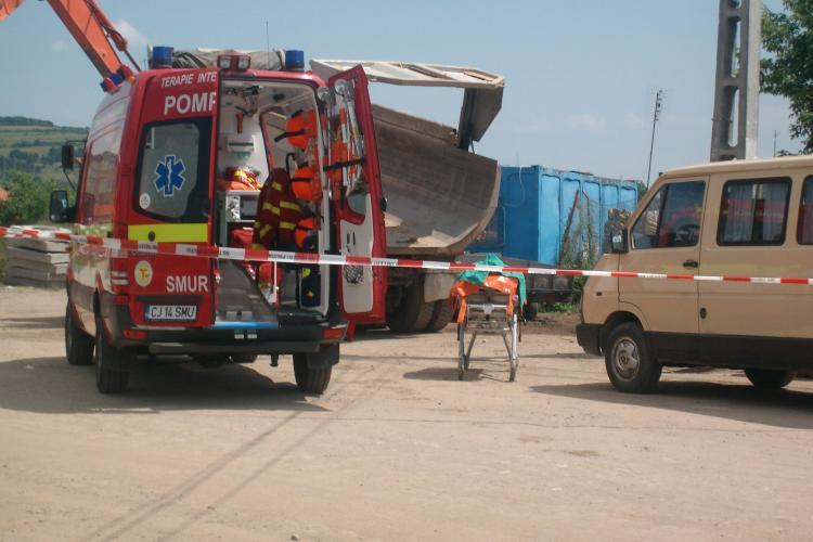 Accident mortal de munca in Floresti! Un barbat a fost strivit de bena unei basculante