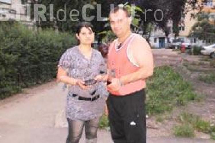 Un gardian din Campia Turzii a gasit o borseta cu 700 de euro si a inapoiat-o