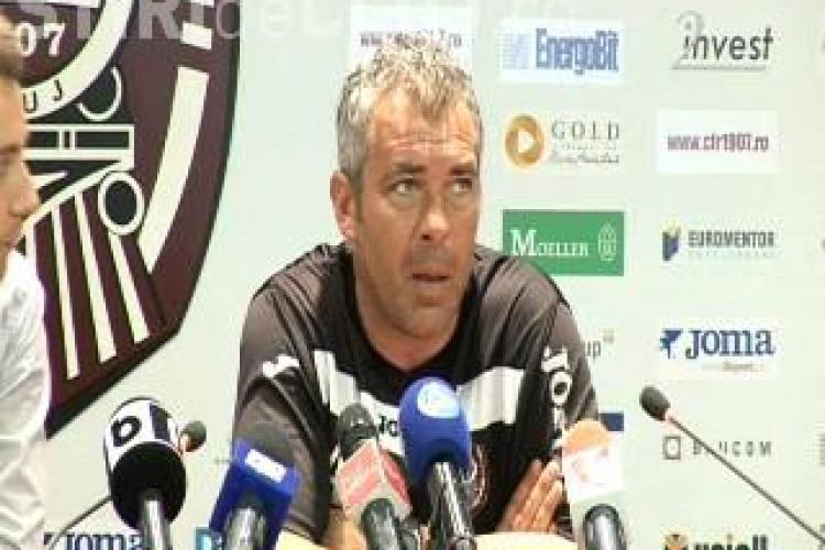 Antrenorul CFR Cluj, Jorge Costa, s-a enervat la conferinta de presa de dupa meciul pierdut cu Gaz Metan