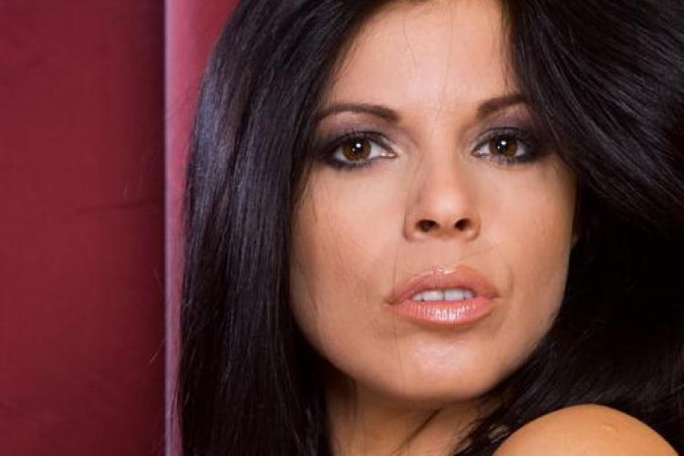 Corina, o actrita porno din Cluj care a jucat in peste 100 de filme Galerie FOTO