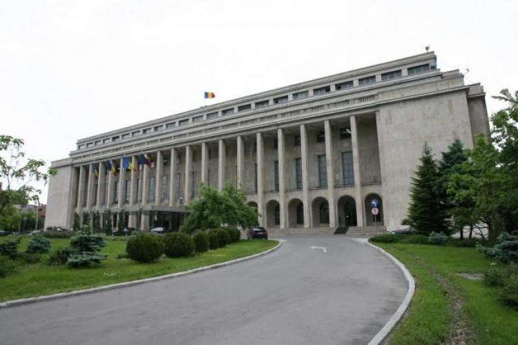Bugetarii raman fara tichete de masa si prime pana in 2014, iar posturile la stat sunt blocate pana in 2013